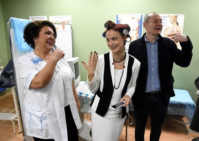 """Евтим Милошев е с Марта Вачкова и Йоана Буковска на снимачната площадка на """"Откраднат живот"""""""