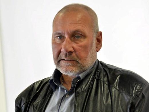 Проф. Овчаров предава ценна находка на Варна