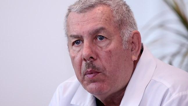 """Проф. Щерев - """"Достойният българин"""", има подарък: 45 бебета, родени в клиниката през извънредното положение"""