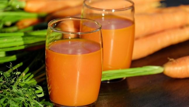 Защо сокът от моркови е полезен за бременната
