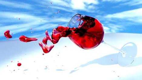 Как да премахнем най-лесно петна от червено вино