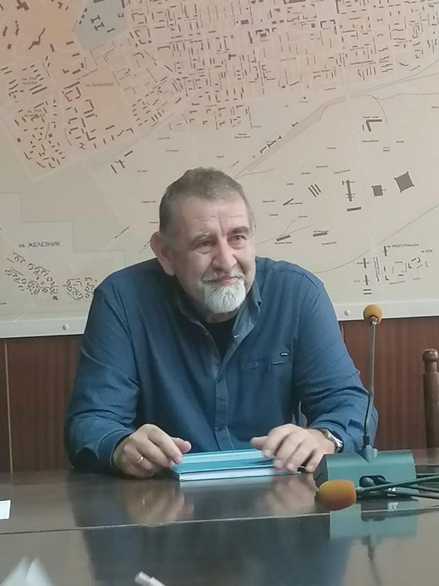 Професор от Стара Загора разработи технология, която ще спаси ТЕЦ-овете на въглища