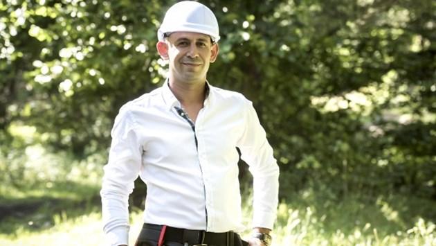 """Стюардеса и ром на финал във """"Фермата"""""""