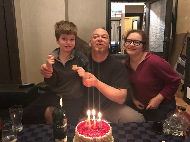 Татко Генчо с Борис и Алла