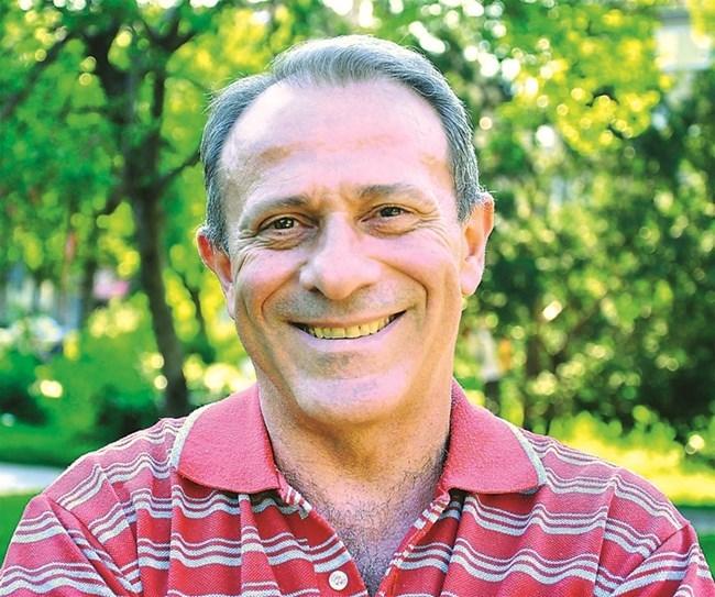 Владимир Мутаров