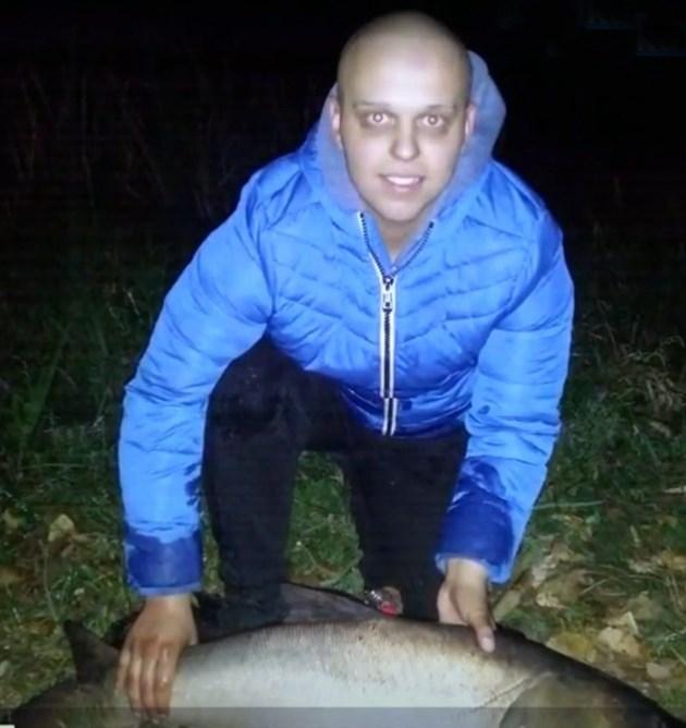 Кристиян обича риболова и излети в планината с приятели