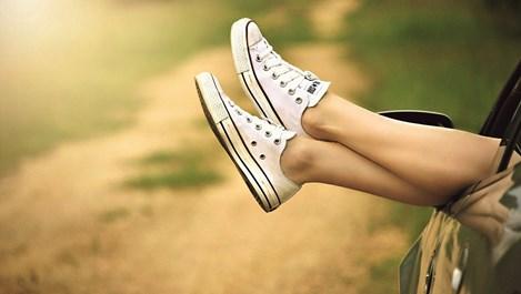 5 начина за бръснене на крака, за да имате най-гладката кожа