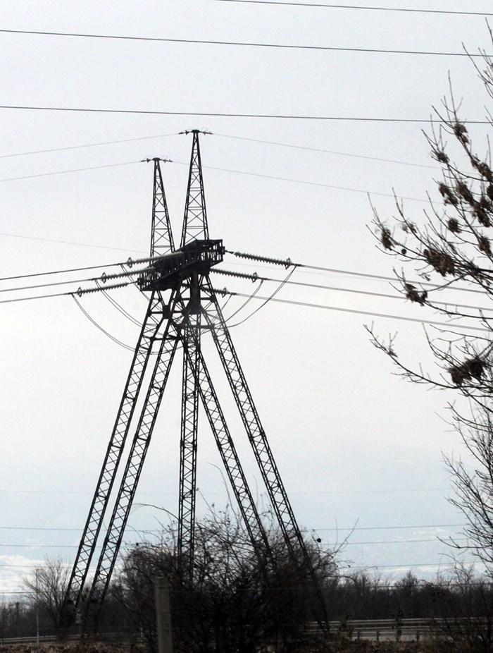 Търсенето на електроенергия в цяла Европа нараства и това е една от причините за поскъпването.
