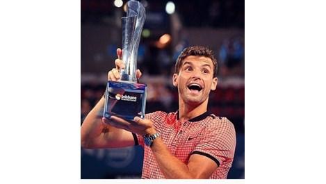 Гришо се похвали с трофея в социалните мрежи (Снимки)