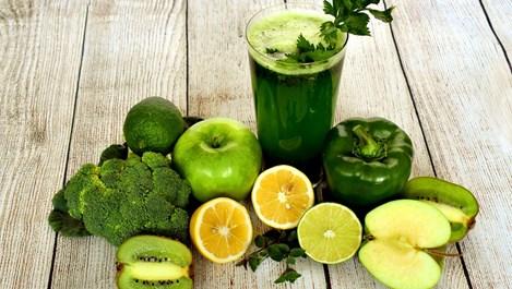 6 неща, които се случват с тялото, ако пием всяка сутрин сок от целина