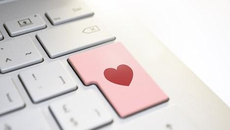 8-те закона на интернет любовта