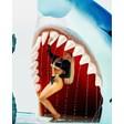 Андреа в челюстта на акула