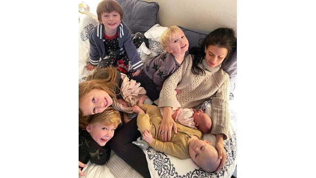 Алек и Хилария Болдуин станаха родители на шесто дете
