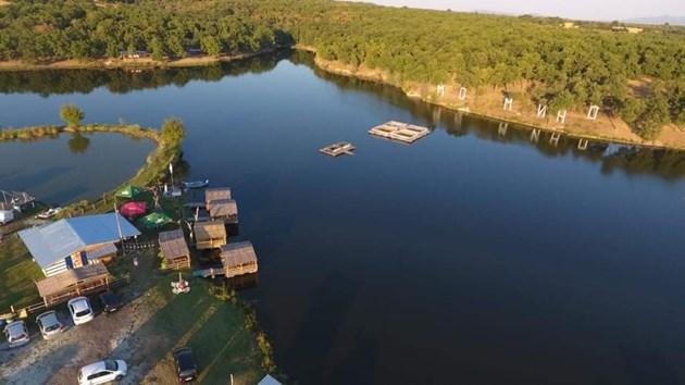 Язовир Момино - раят на риболовците (СНИМКИ)