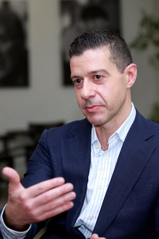 Андон Балтаков сезира институциите за натиск върху БНР от енергиен доставчик