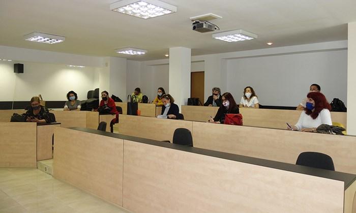 След заседание на общинския щаб кметът Николай Димитров издаде заповед за отваряне на детските градини на 1 юни.