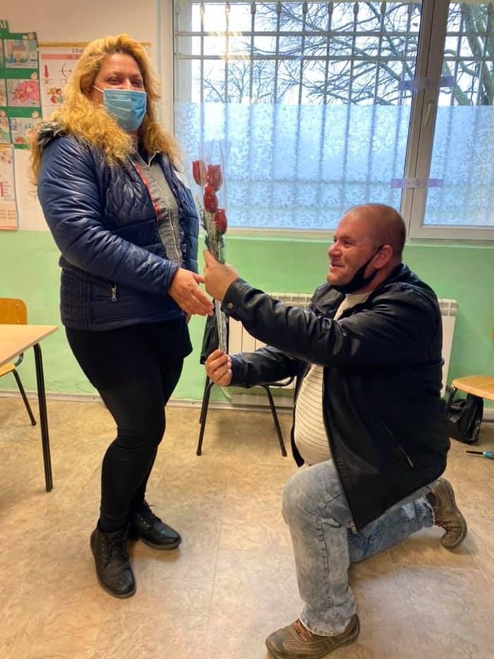 Жоро и Теди от Созопол ще запомнят завинаги Избори 2021. Снимка:фейсбук