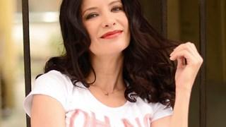 Яна Маринова: Винаги съм обичала изкусния флирт