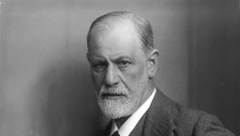 Какво прави Зигмунд Фройд, когато загубва дъщеря си?