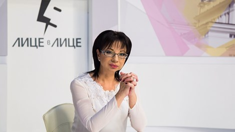 Цветанка Ризова: Приемам само любов, която съм спечелила