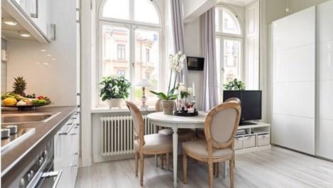 Бялото уголемява малкото жилище (галерия)