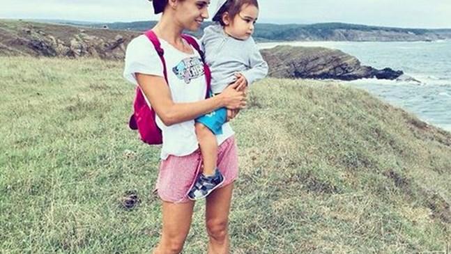 Радина и бебе НА СКАЛИСТО МОРЕ