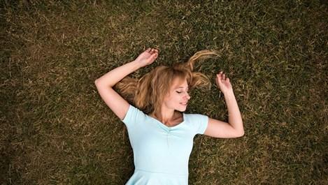 6 неща, които се случват с тялото, когато спим на открито