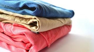 С какви подръчни средства се махат различните петна от дрехите