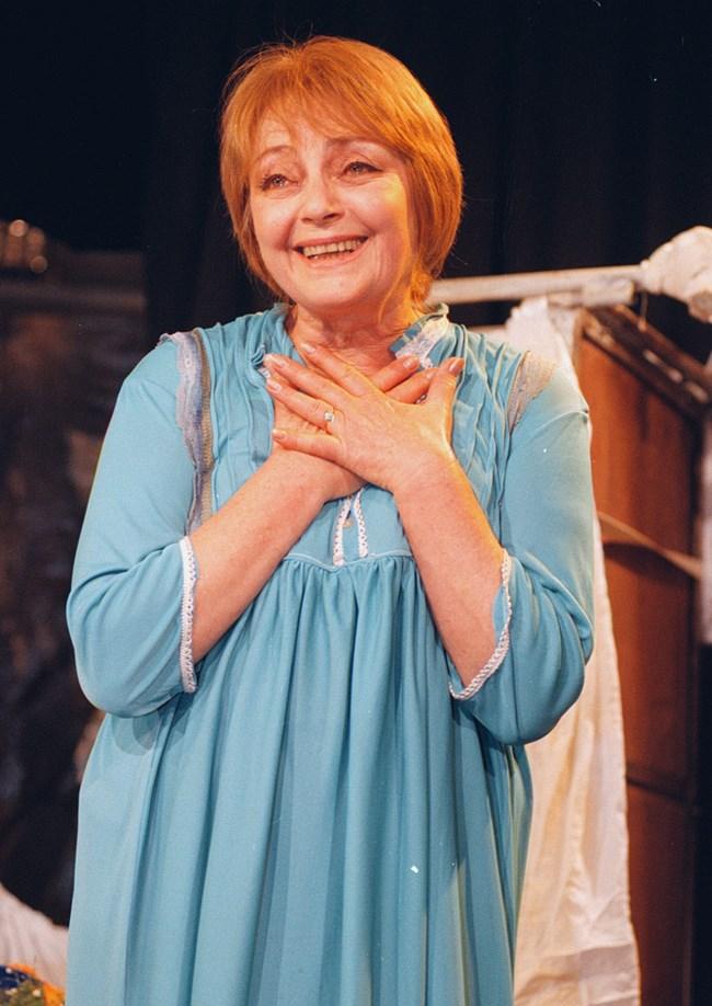 Невена Коканова на своя 60-годишен юбилей през 1998 г.
