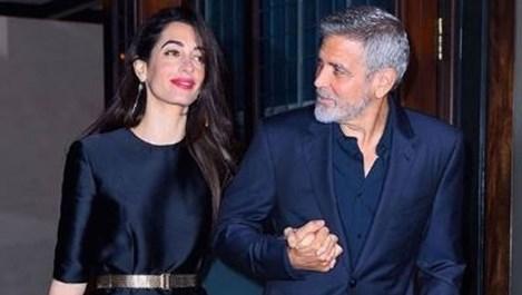 Амал и Клуни най-сетне показаха близнаците (Снимки)