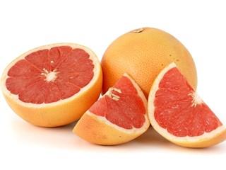 Грейпфрут – цитрусът, който носи куп неприятности