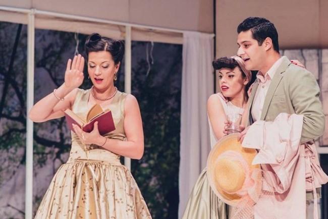 """В театър """"София"""" новият сезон започва на 18 септември с представлението на Николай Поляков по две американски пиеси - """"Олд Сейбрук"""" от Уди Алън и """"Последният страстен любовник"""" от Нийл Саймън."""