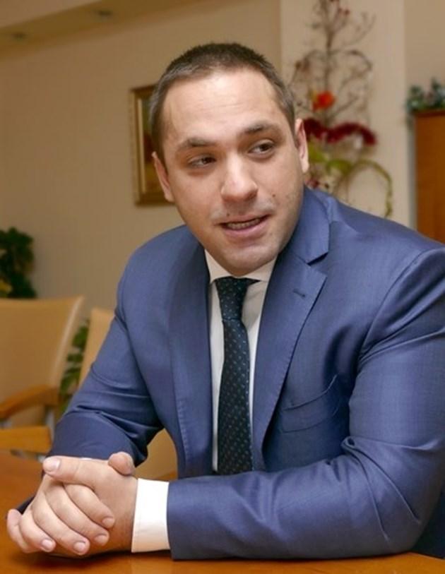 """Караниколов: България е подобрила позицията си по """"свобода на икономиката""""с 11 места"""