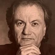 Италианският майстор на луксозни обувки Серджо Роси почина от COVID-19