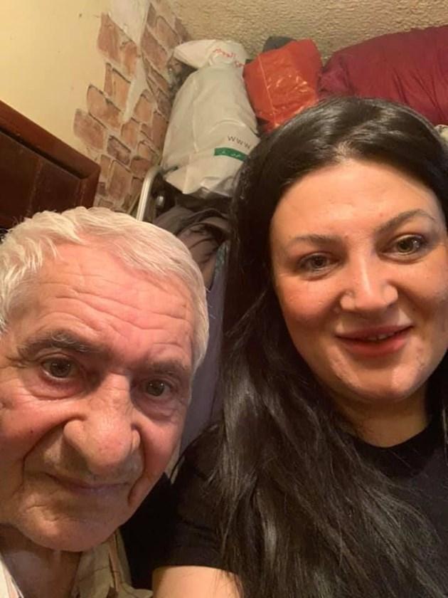 """Соня Чакърова, основател на """"Защото сме хора"""": Ники Кънчев, ДесиСлава, Ирина Флорин раздаваха храна с нас"""