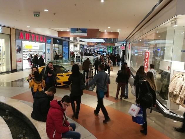 По 24 милионери с влог на месец произвежда България в пандемията