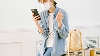 Наистина ли сме най-заразни преди проявата на симптоми за COVID-19?