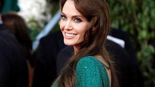 Четири трика за красота от Анджелина Джоли (Видео)