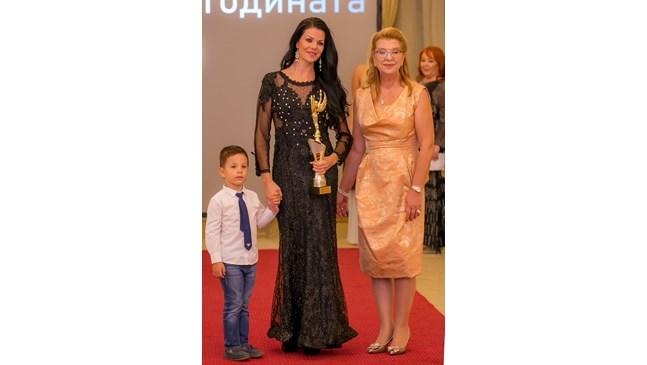 """Мария Янева, председател на Софийския арбитражен съд и фондация """"Искам бебе"""": 11 години се борих за свое детенце"""