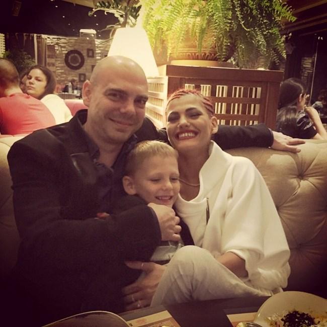 Със съпруга си Стефан и синът им Леон