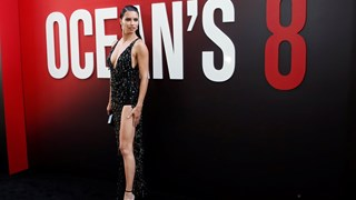 Адриана Лима в сексапилен тоалет на премиера в Ню Йорк (Снимки)