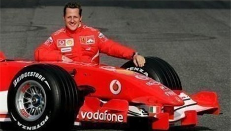 Шумахер се изпускал в костюма на всяко състезание