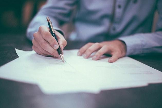 Писмените договори гарантират правата на работещите и на работодателите