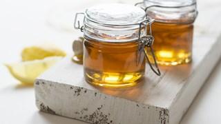 Какво се случва с тялото, ако ядем мед преди лягане