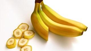 13 начина за използване на банановите кори в домакинството