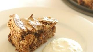 Торта Павлова с орехи