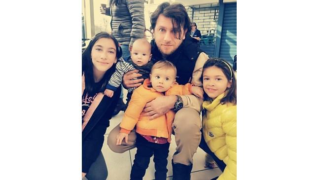Ето го семейството на Плачков и Мариана Попова