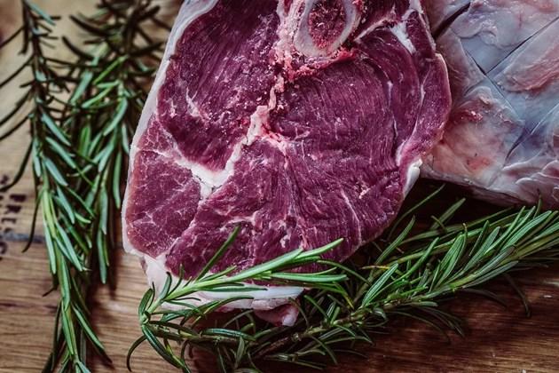 Скок на световните цени на храни, най-скъпи са месото и растителните масла