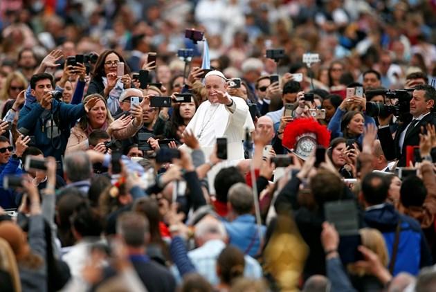 Католиците празнуват Великден