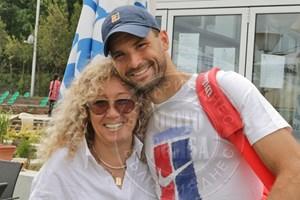 Григор с майка си